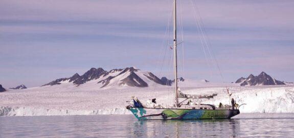 sailing adventure svalbard
