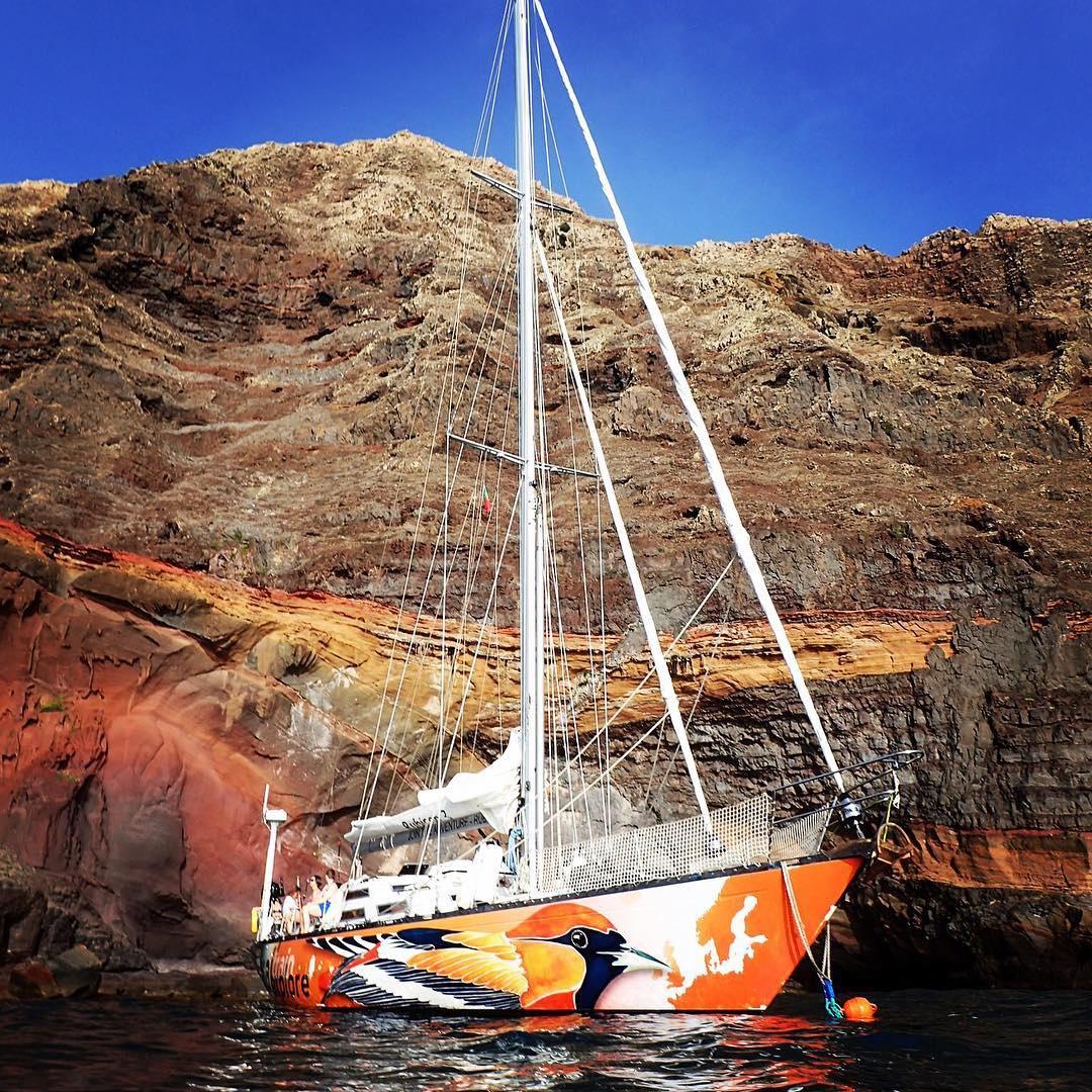 sailing islas desrthas