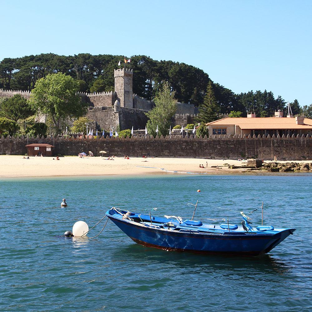 sailing holiday baiona