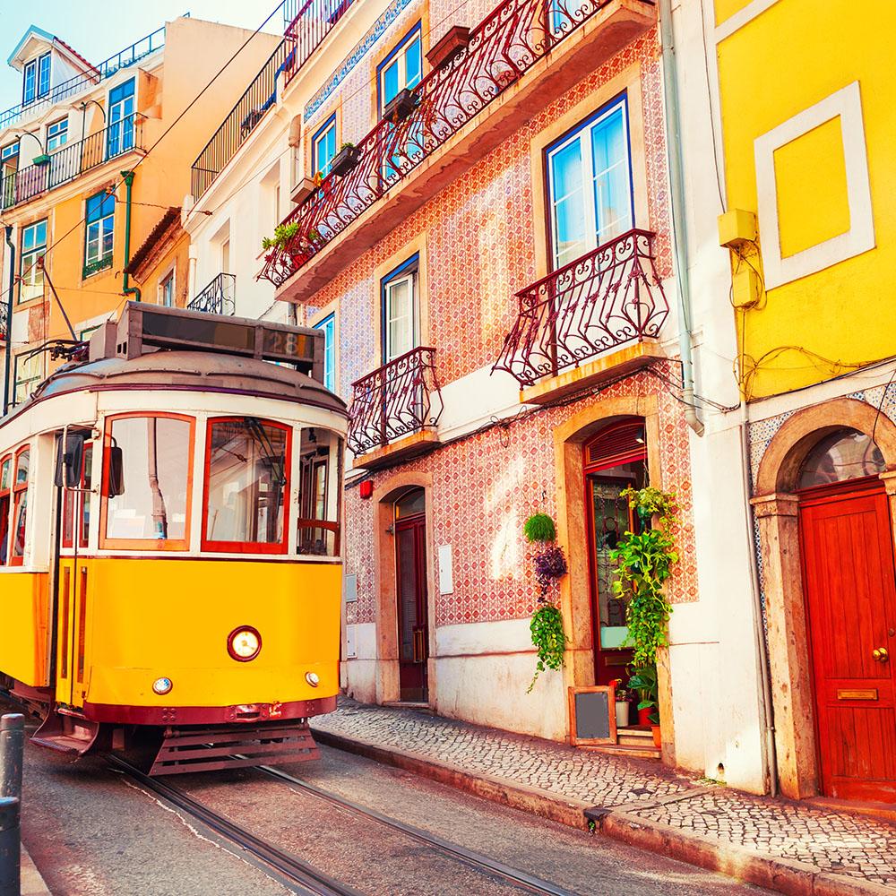 Lisbon saling holiday