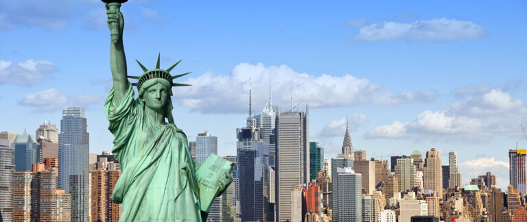 USA offshore sailing holiday