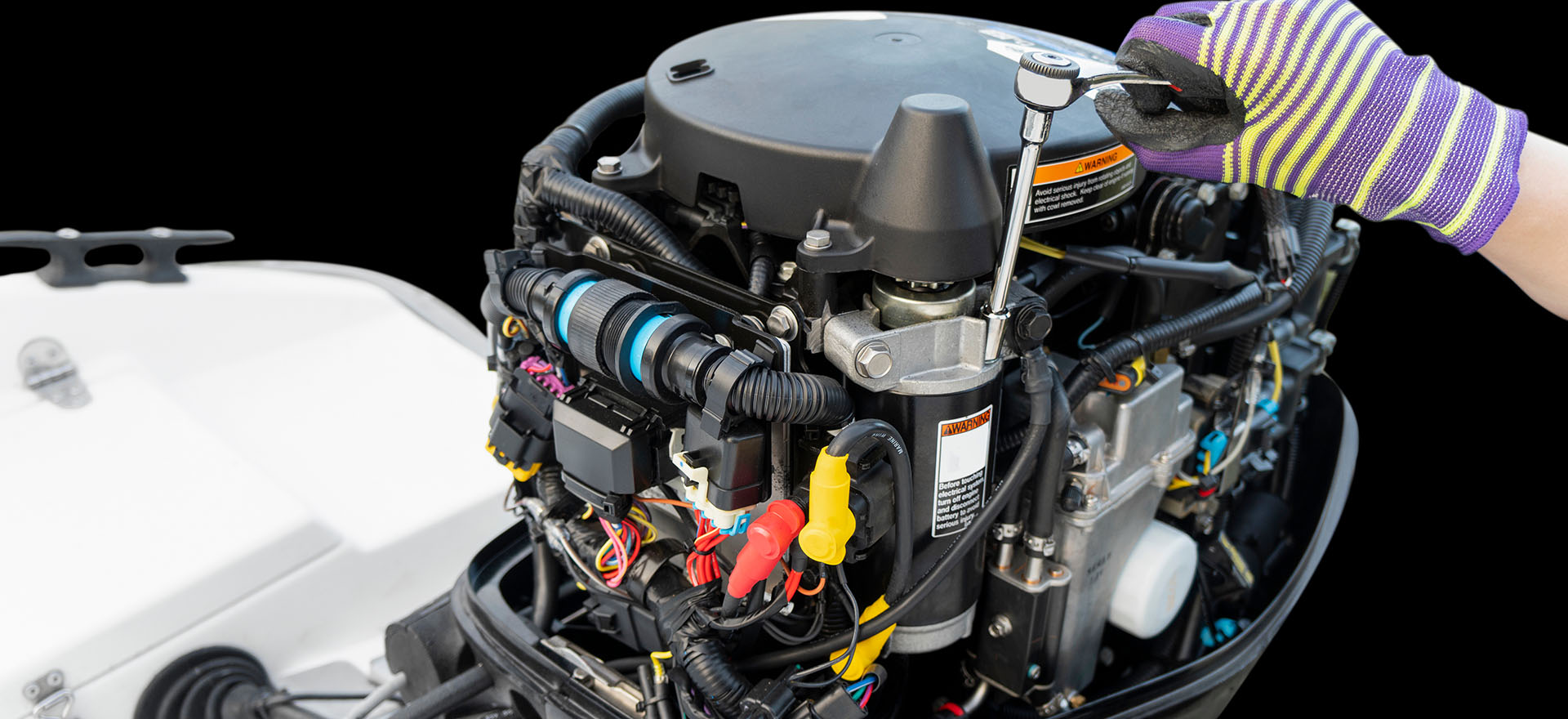 Outboard engine maintenance course